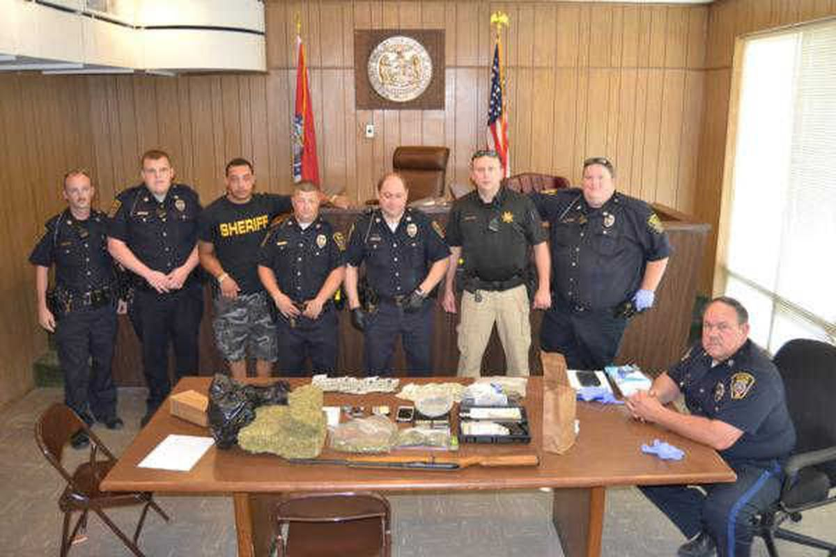 Officers execute search warrant at Hayti, MO home