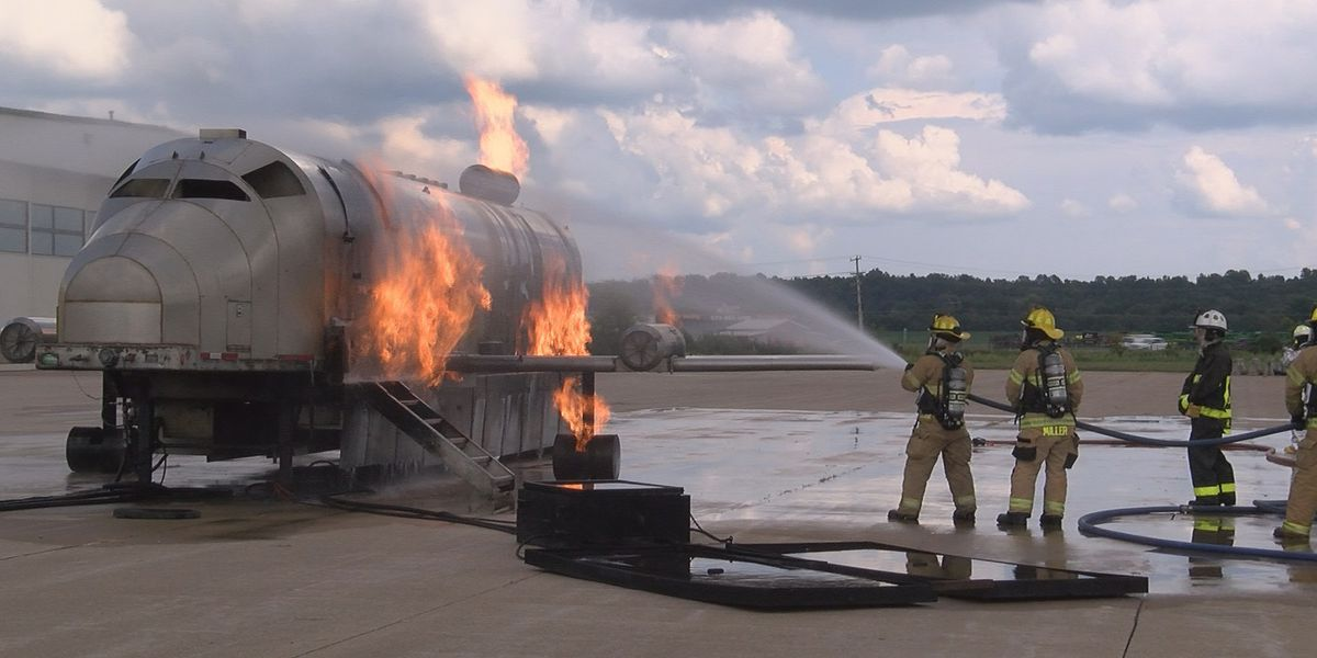 Firefighters train at Cape Girardeau Airport for aircraft fires