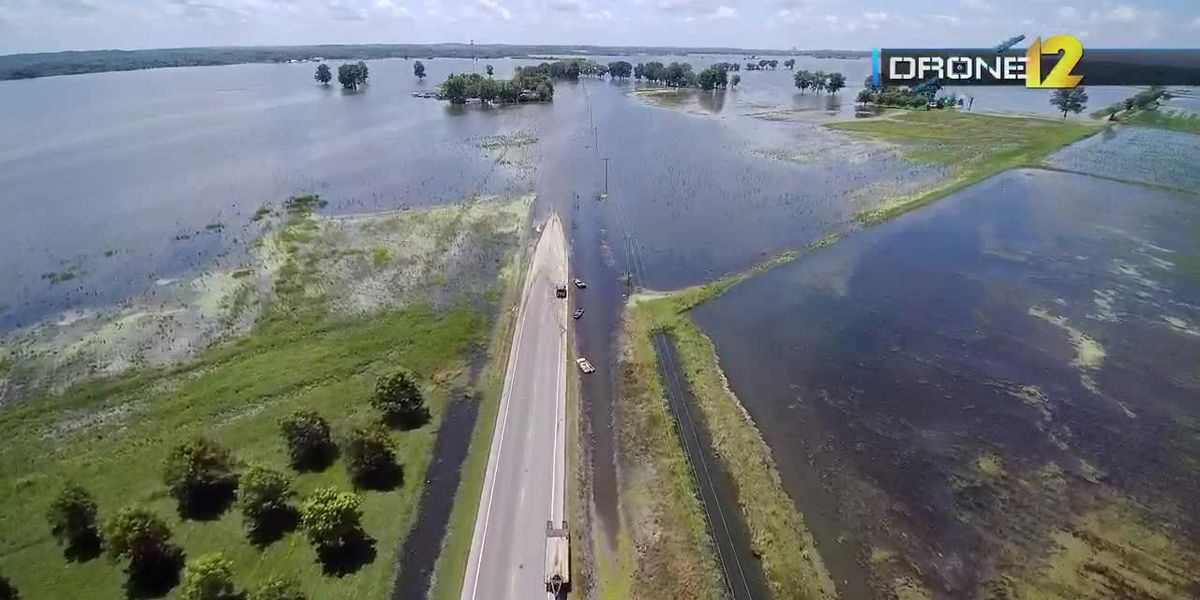 Mississippi River at Cape Girardeau dropping closer to flood stage