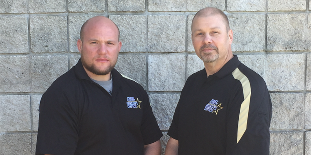 2 Perry Co., MO sheriff's deputies sworn in with the U.S. Marshals Service