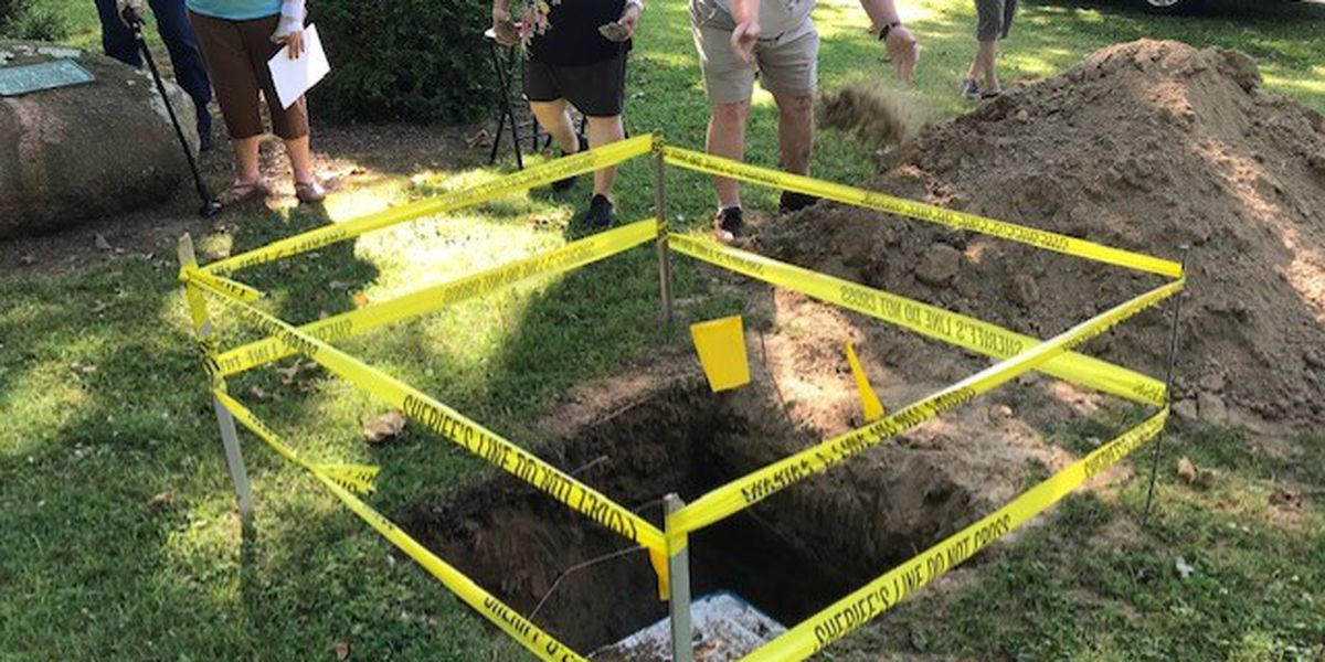City of Oran ends sesquicentennial year with time capsule burial