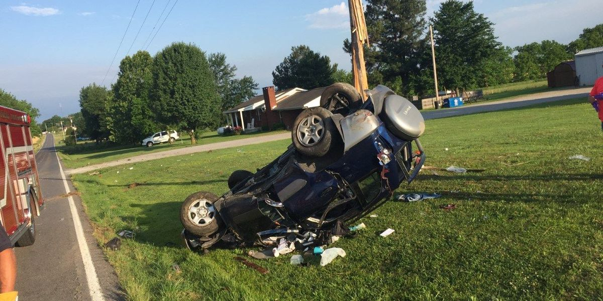 TN woman injured in single-car rollover crash in Graves Co., KY