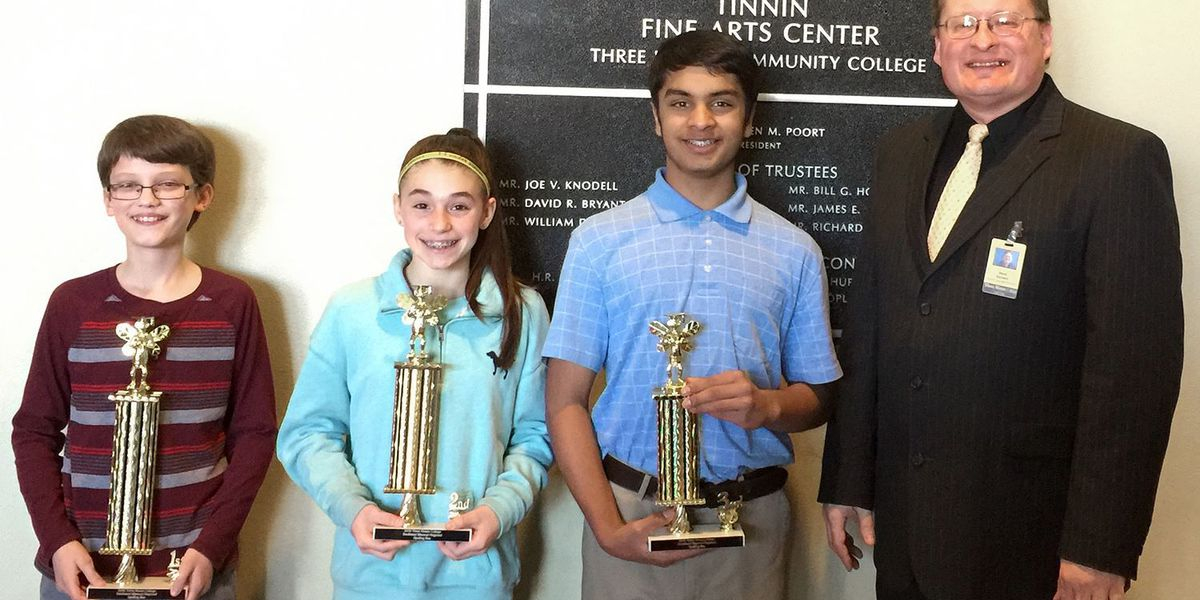 Student wins right to compete in national spelling bee