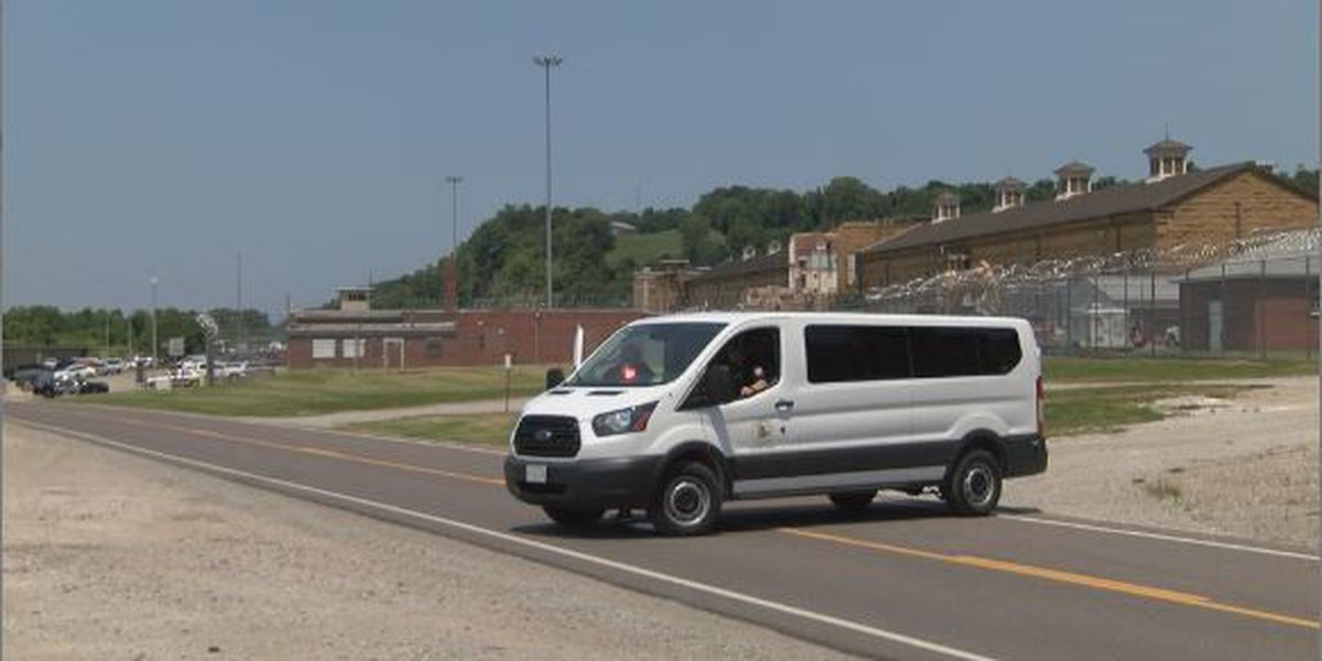 Contractor dies in accident at Menard Correctional Center in Chester, IL