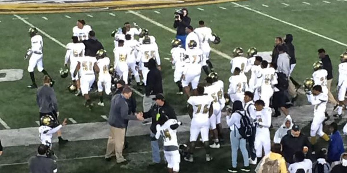Hayti defeats Lincoln 44-0 for their first-ever football State Title