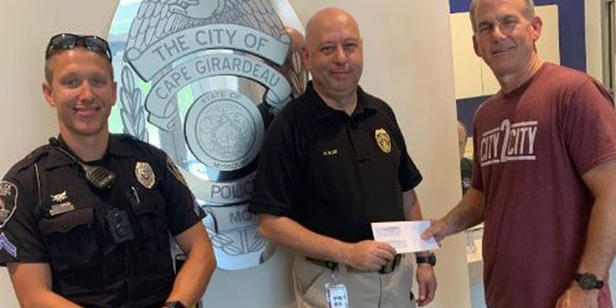 Cape Girardeau church donates more than $7K to police department