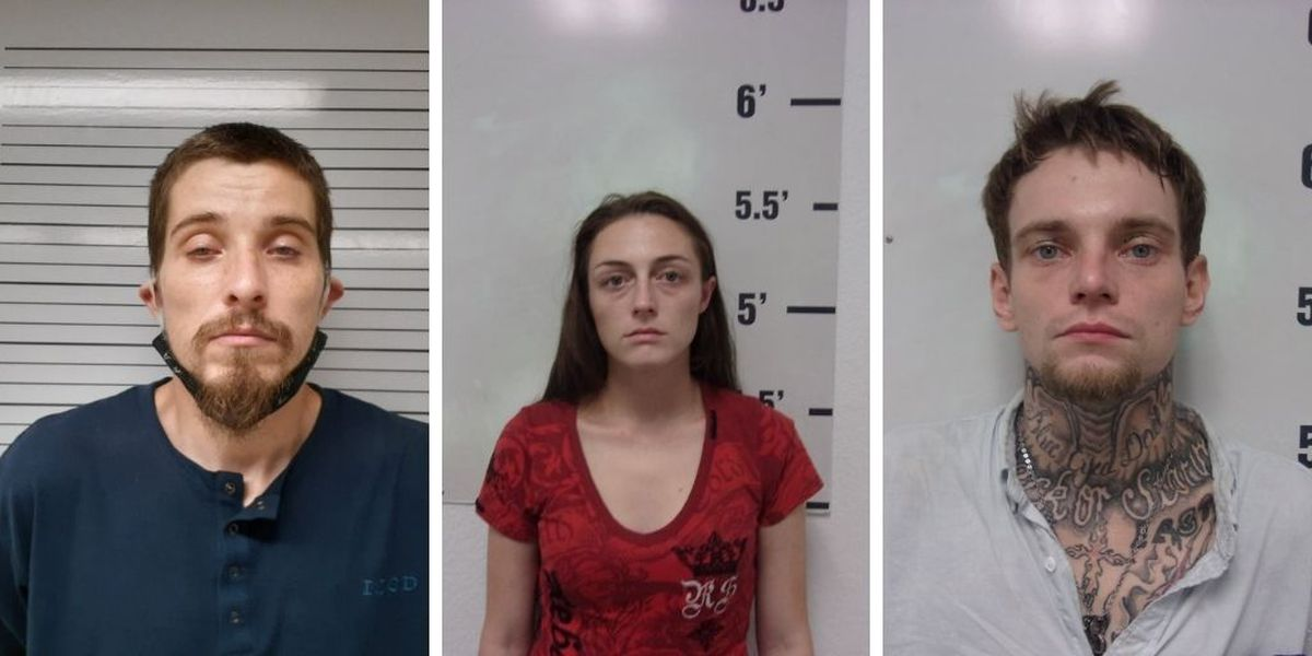 Poplar Bluff police: 3 people accused of shoplifting within 800 ft. of police department