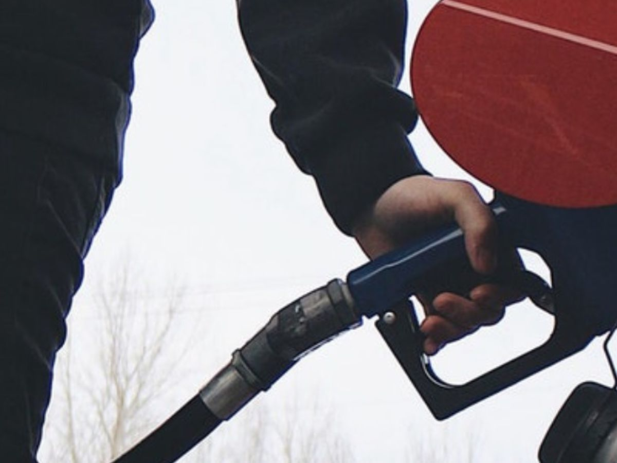 Gas prices in MO rise with national average