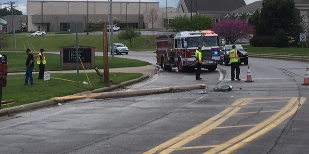 Traffic routed around crash in Cape Girardeau that knocked over utility pole