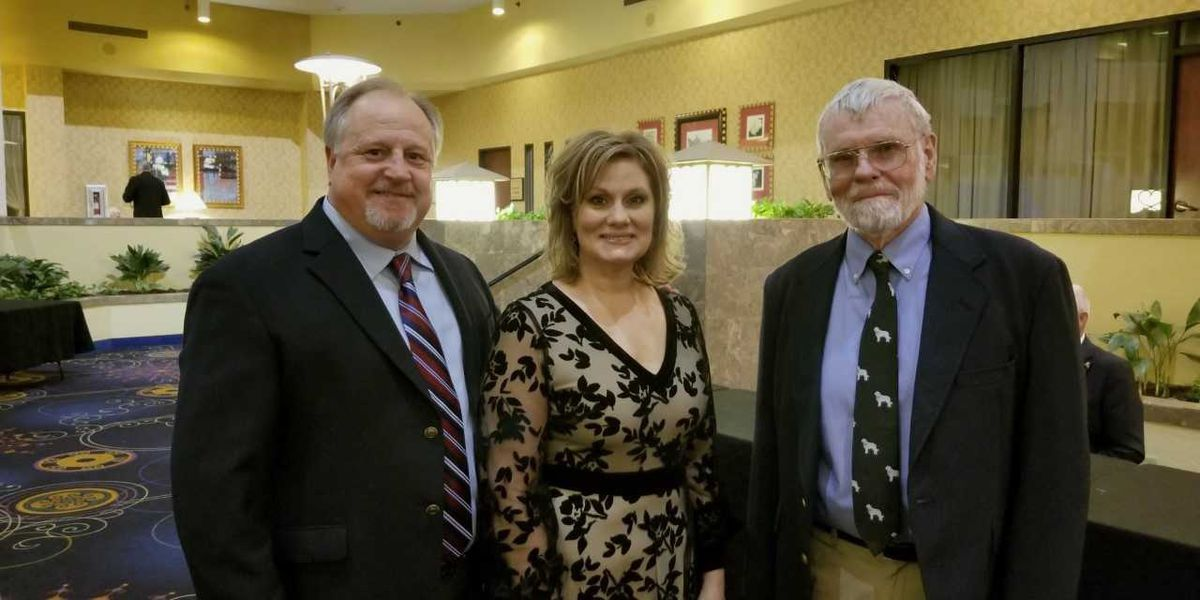 VFW honors Poplar Bluff teacher with state award