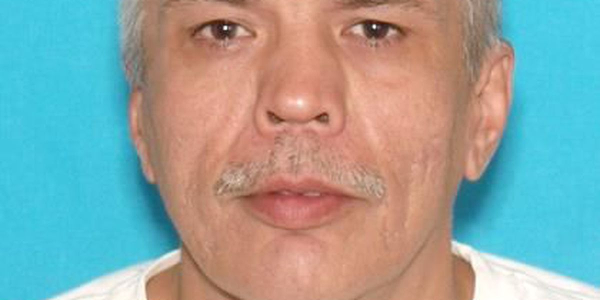 WANTED: Paducah man wanted in two cases