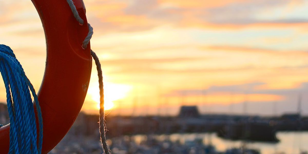 Coast Guard issues water restrictions on Mississippi, Illinois Rivers