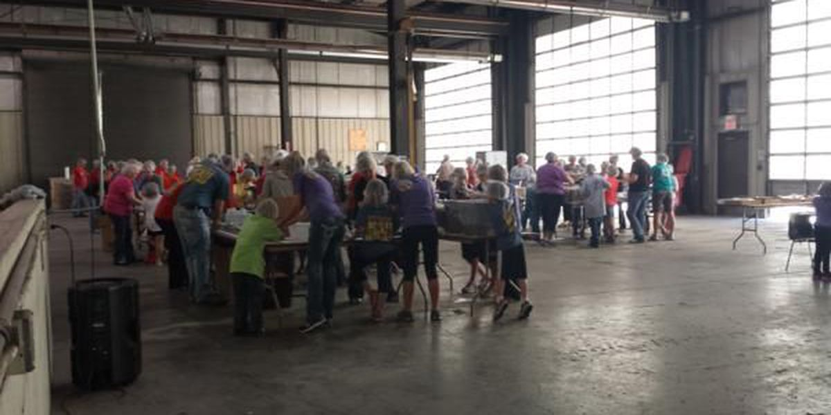 Volunteers gather in Sikeston for project to feed starving children