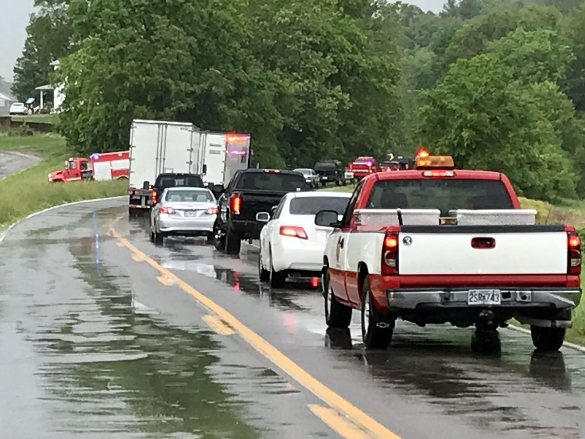 Highway 177 in Cape Girardeau Co. blocked after 2-vehicle crash