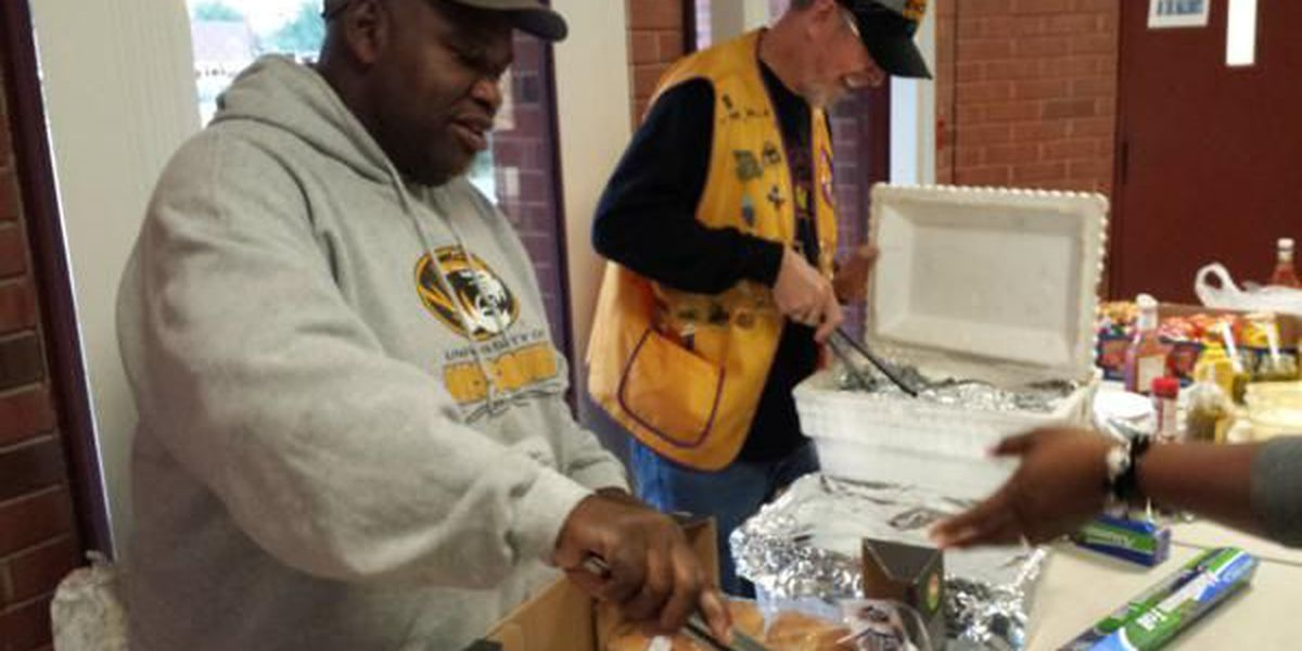 Lions Club held 'Student of the Month Cook-out'