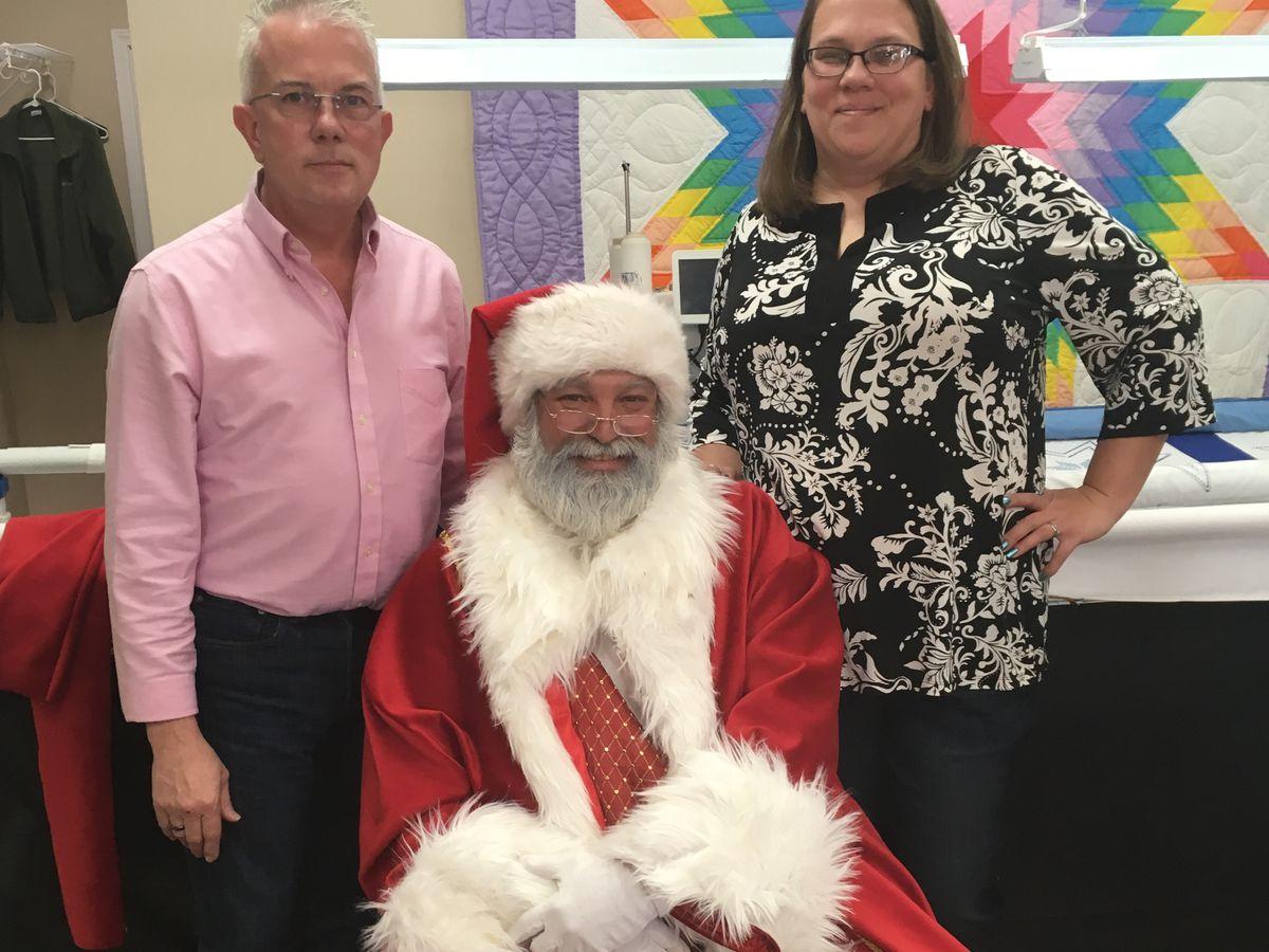 Cape Girardeau mall Santa gets a new suit