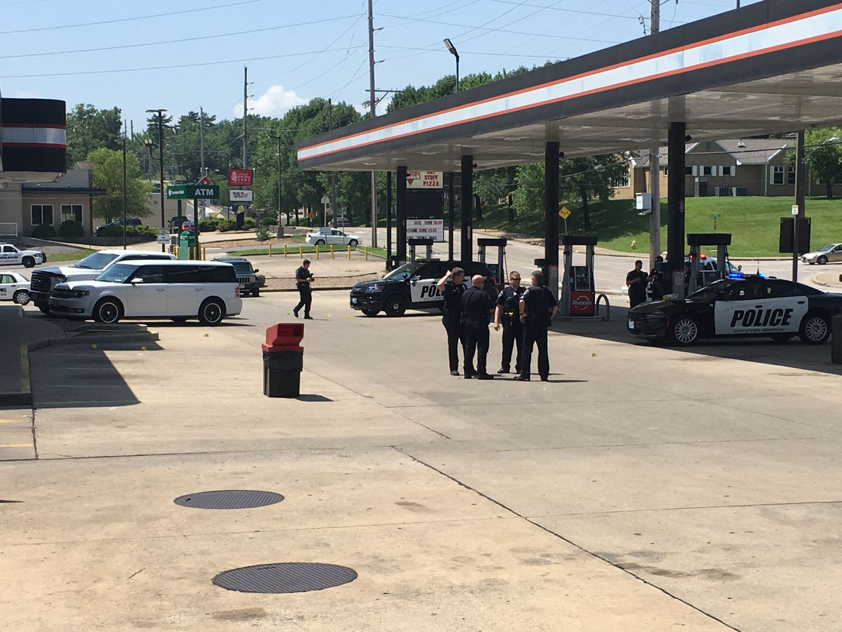 1 person in custody following shots fired near gas station in Cape Girardeau, Mo.