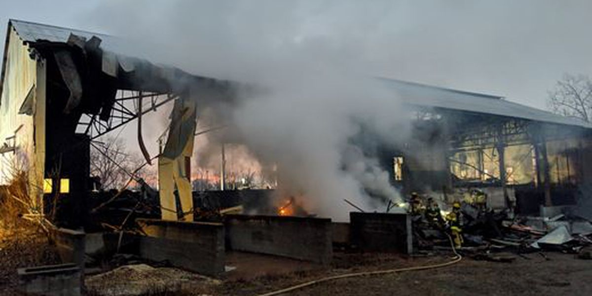 Former concrete shop goes up in flames in Cape Girardeau