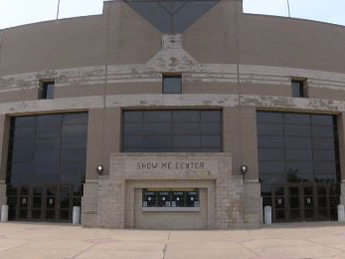Southeast plans to fill Show Me Center with fan cutouts