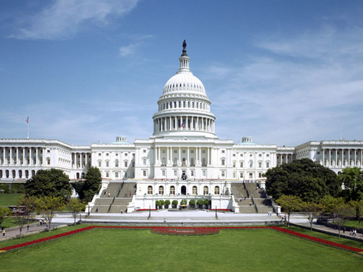 Stimulus standoff in Washington imperils jobless and small businesses