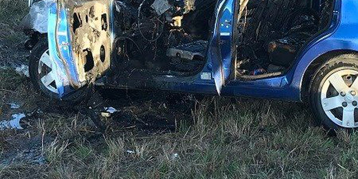 Single-vehicle fire outside of Cape Girardeau, MO