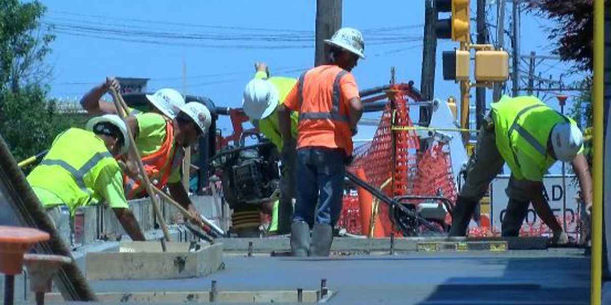 Carbondale businesses cope with large construction project