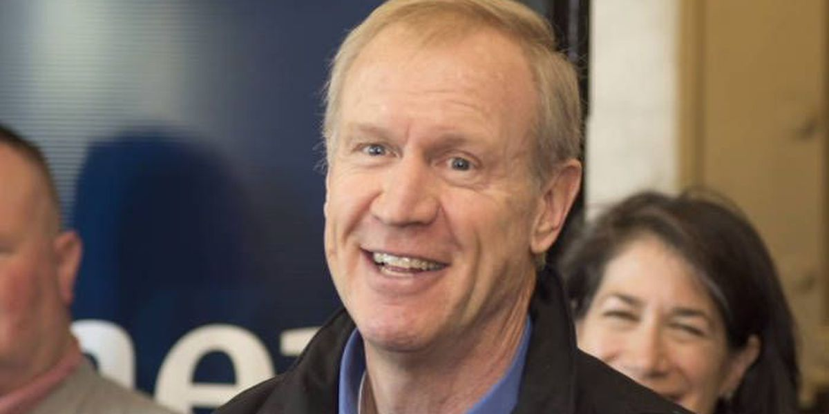Gov. Rauner signs education bill