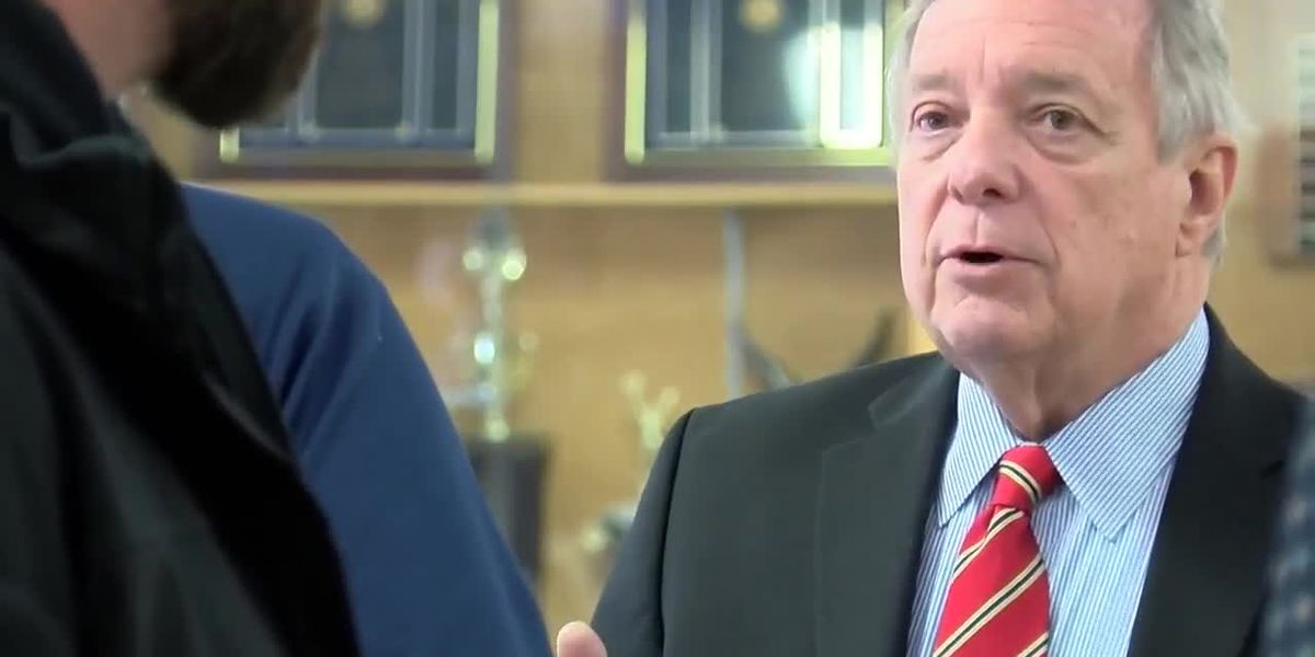 Durbin visits federal workers in Marion