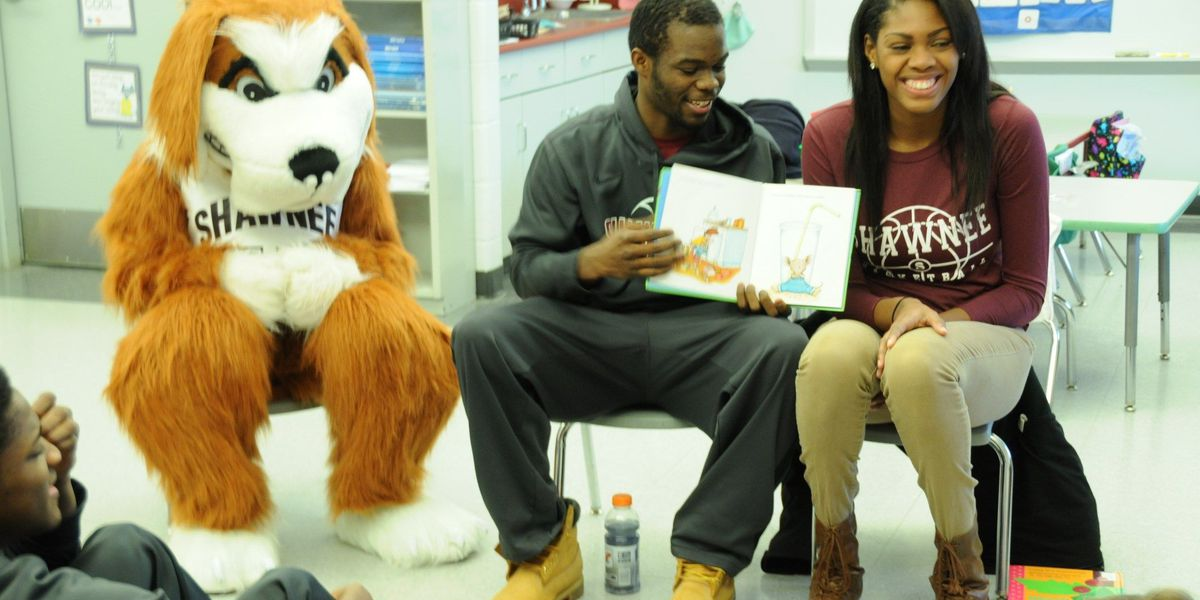Shawnee Community College reading program visits Century Elementary