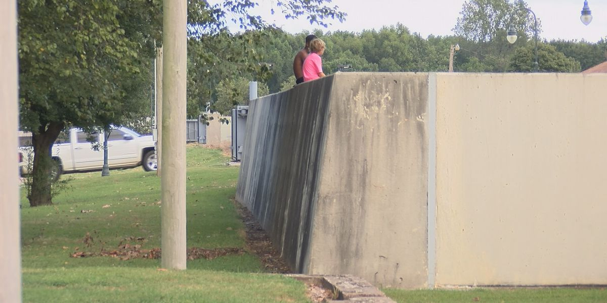 Designs move forward for new flood wall in Caruthersville, Mo.
