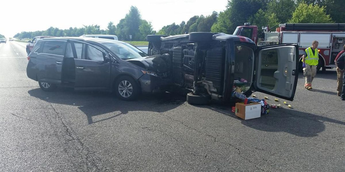 2-vehicle crash in McCracken County sends 2 to a hospital