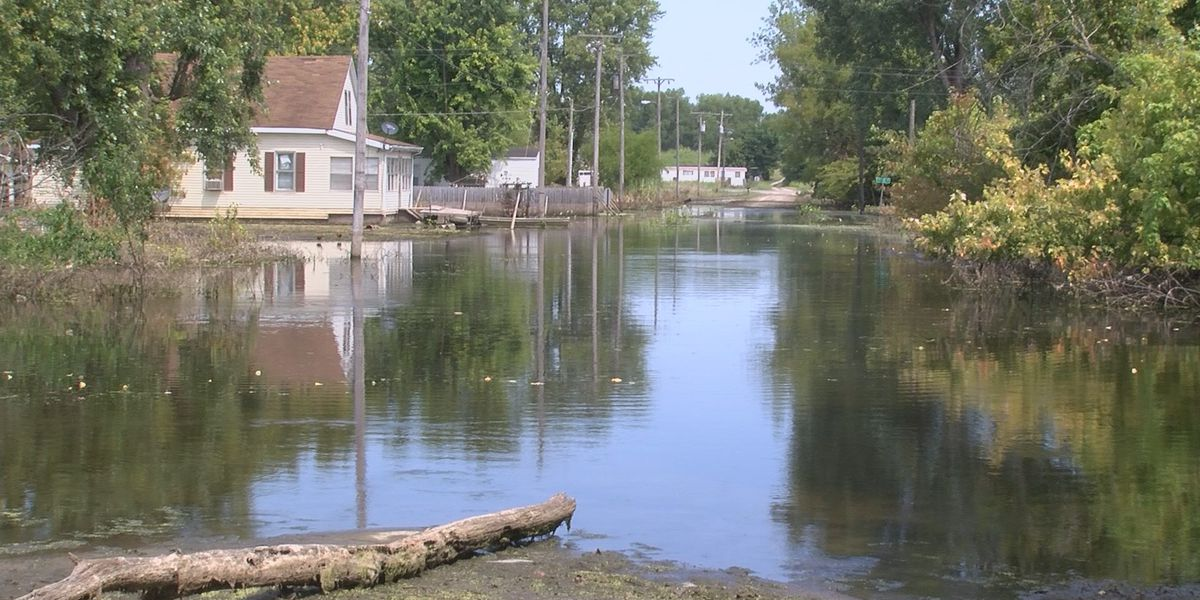 Officials discuss 2020 flood outlook at event Murphysboro event