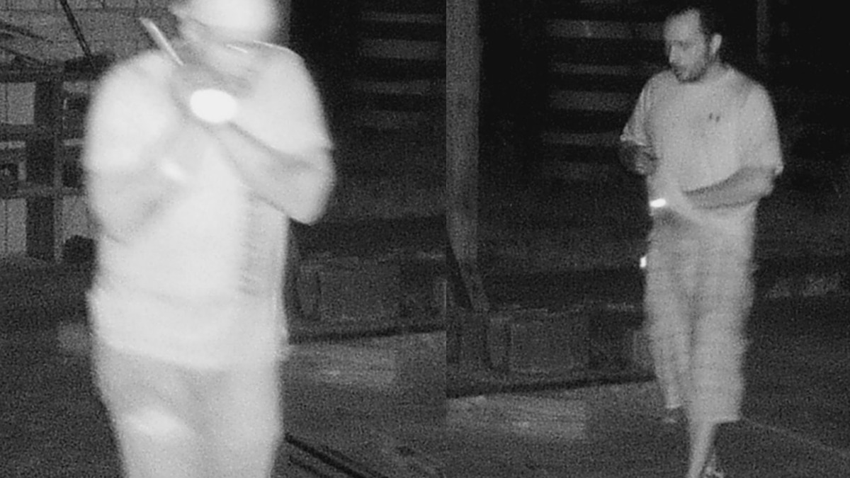 Massac County Sheriff's Office searching for suspects connected