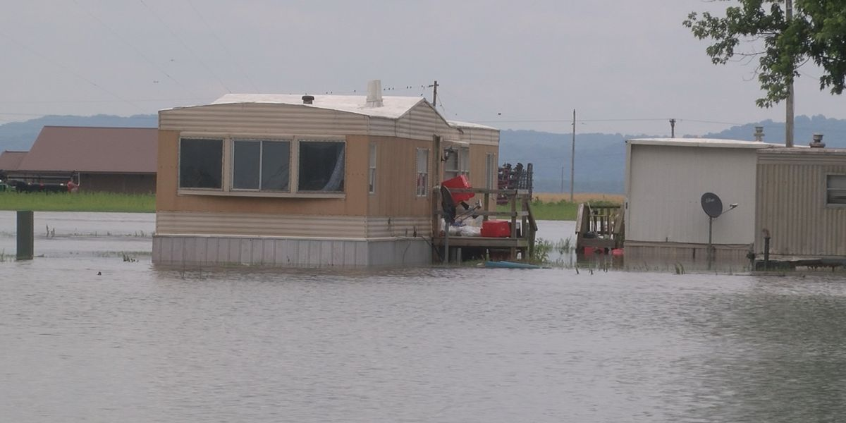 East Cape Girardeau residents seeing more flooding