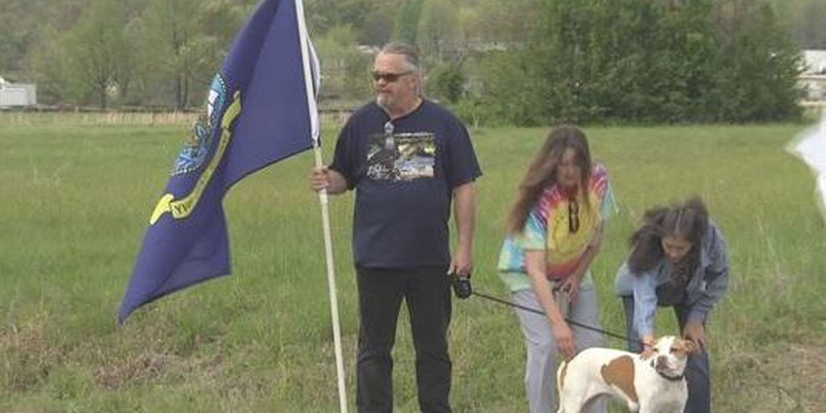 Dexter, MO veterans protest to support service dog laws