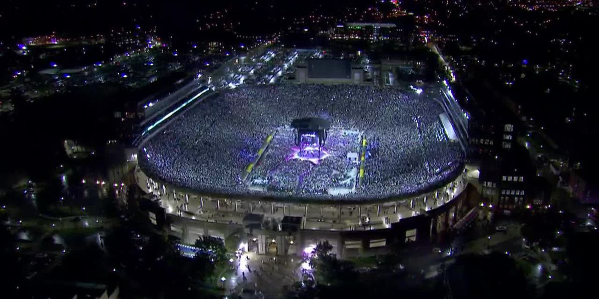 Helicopter shots of Notre Dame stadium during Garth: Live at Notre Dame! concert