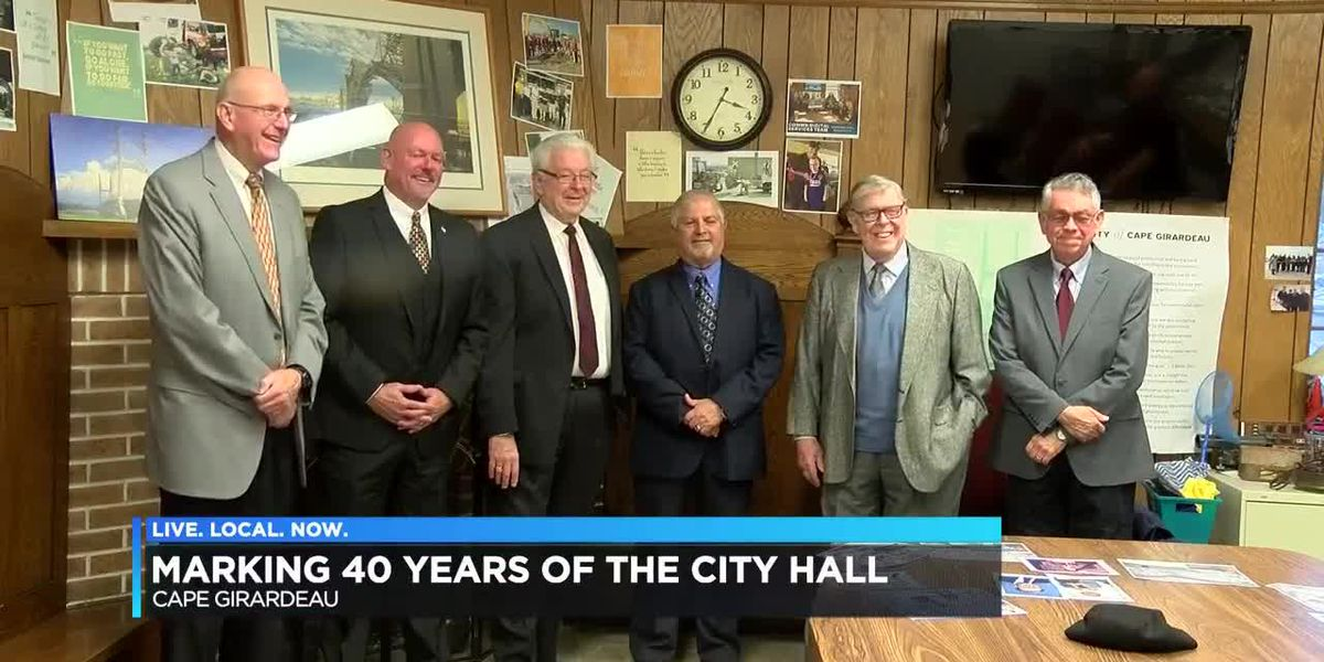 Cape Girardeau City Hall dedicated; 40th anniversary of City Hall commemorated