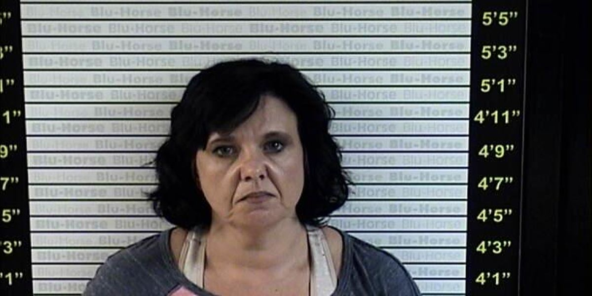 Police pursuit leads to the arrest of wanted Water Valley woman