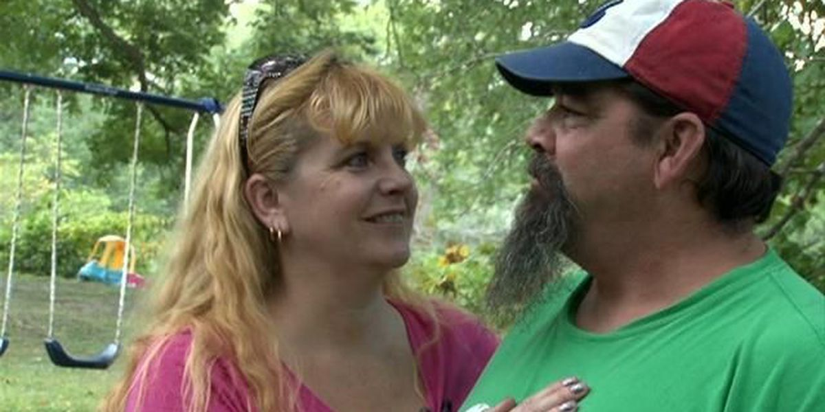 Cobden couple captures home intruder