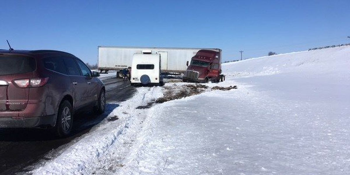 NB traffic of I-55 back open after crash near Kewanee, MO