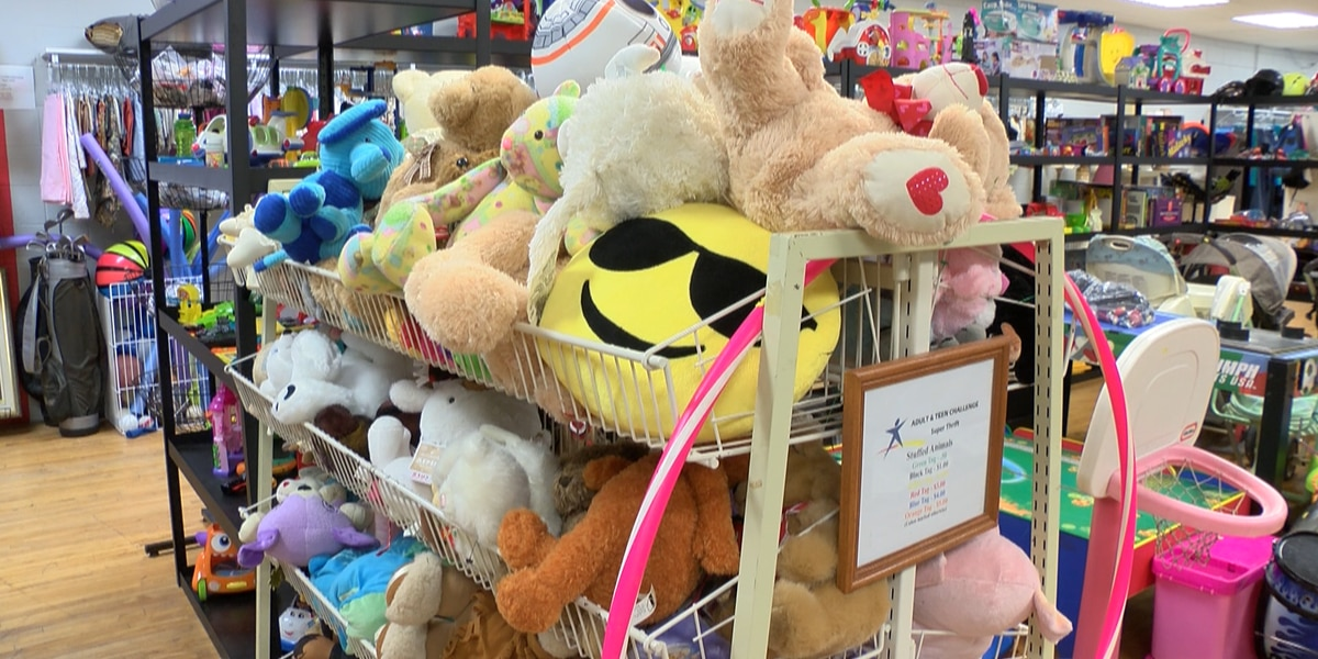 Thrift store sees increase in donations amid pandemic