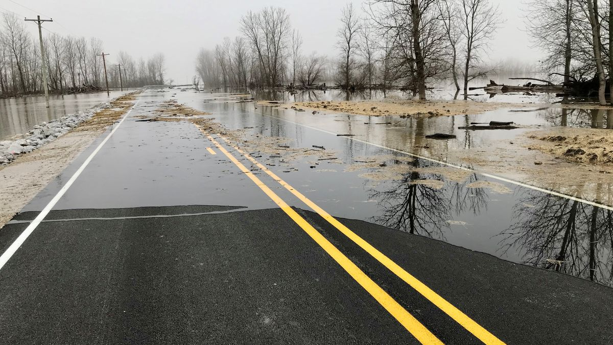 Corps of Engineers ends Phase I floodfight