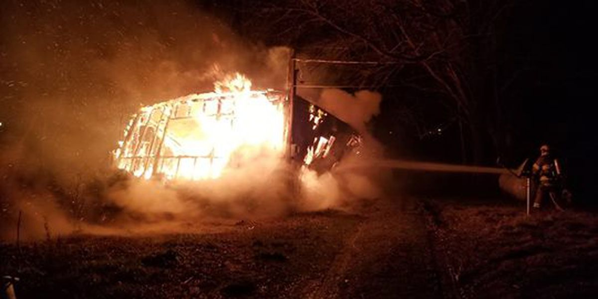 Abandoned trailer engulfed in flames overnight in Portageville, MO
