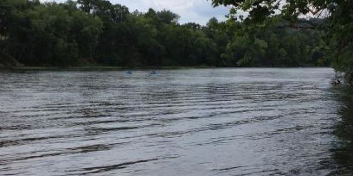 Jet skier saves swimmer from drowning in Current River