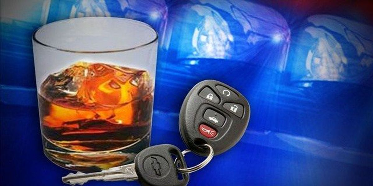 3 injured after DUI crash in Lyon County