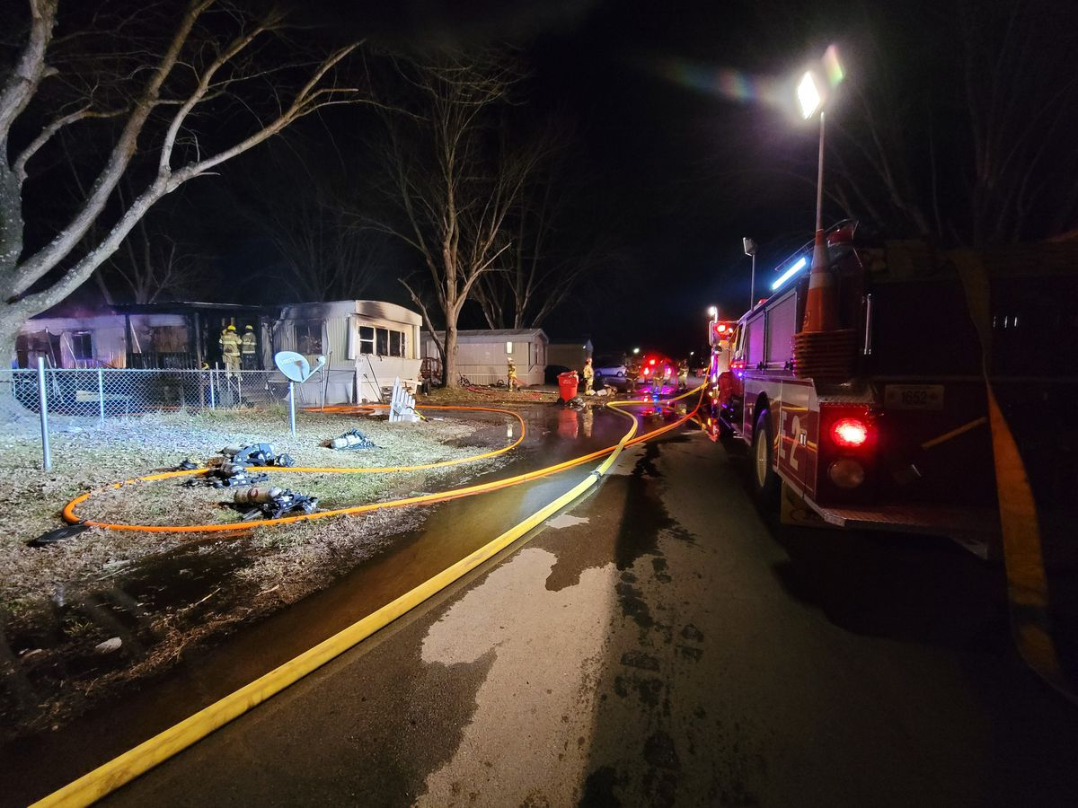 1 injured in early morning fire