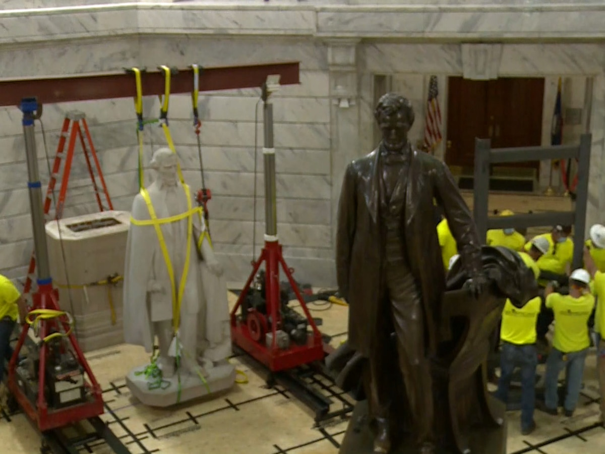 19 lawmakers call for a woman to be the next statue placed in Ky. Capitol Rotunda