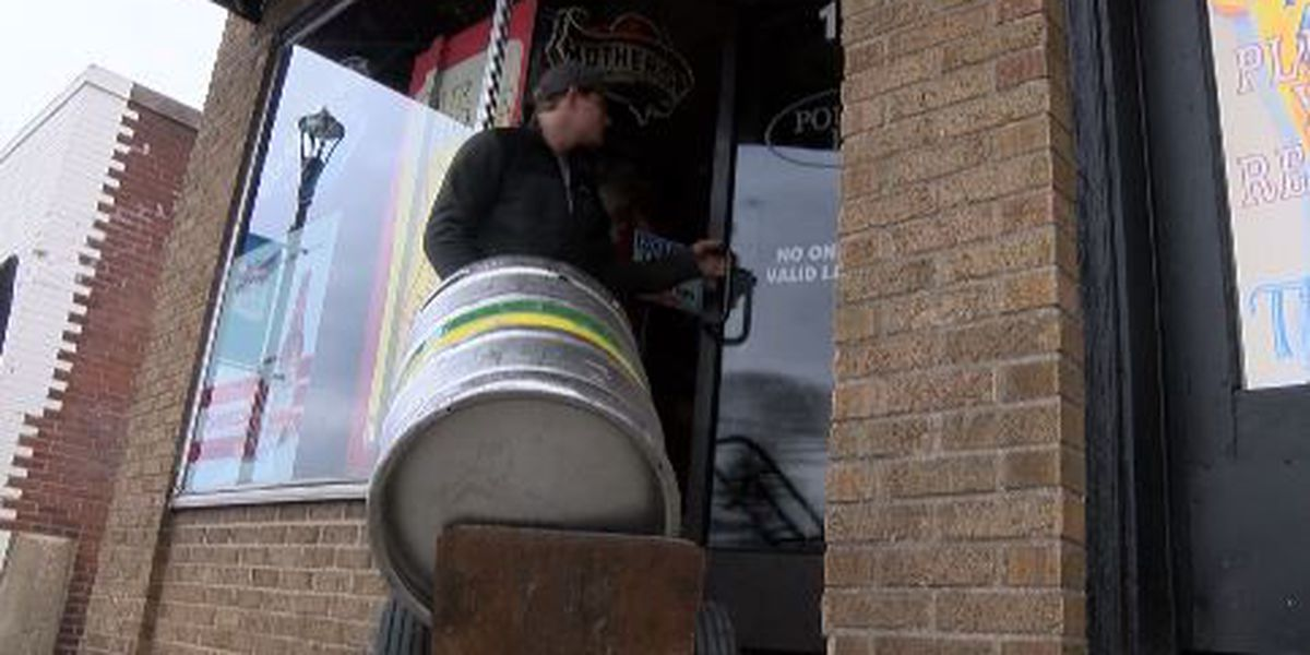 Cape Girardeau, MO downtown businesses prep for St. Patty's Day Pub Crawl