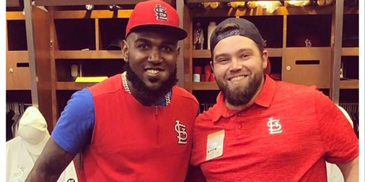 Jackson man enhances portraits, meets Cardinals players