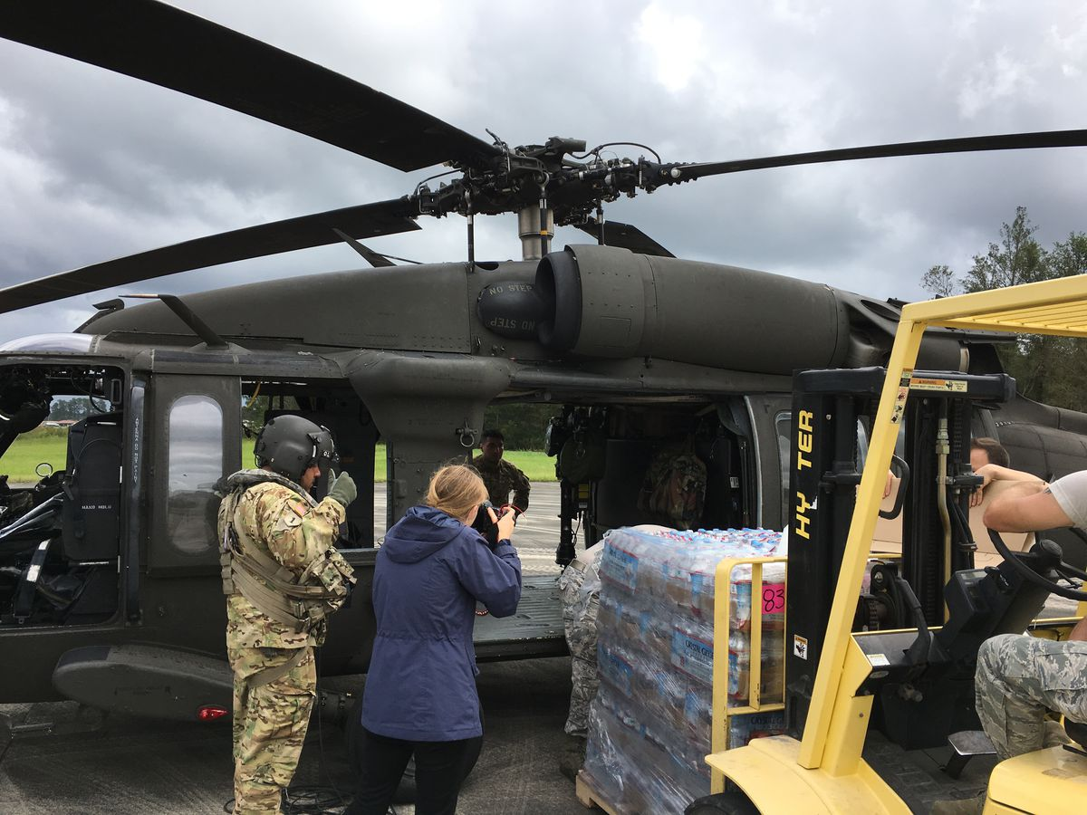 IL National Guard helicopters bring relief supplies to NC